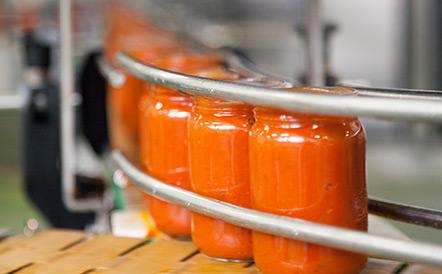Acquisition de la conserverie historique bio Bioviver, spécialisée dans la transformation des fruits et des légumes 100% issus de l'agriculture biologique.